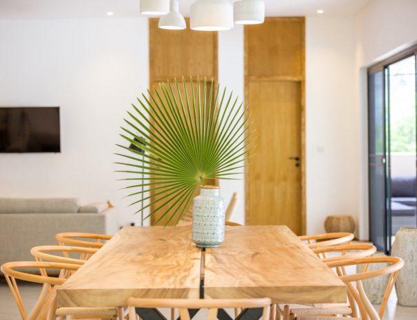 Villa B Maremaan - Dining table 1